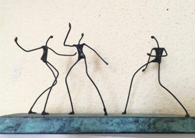 3 bailando